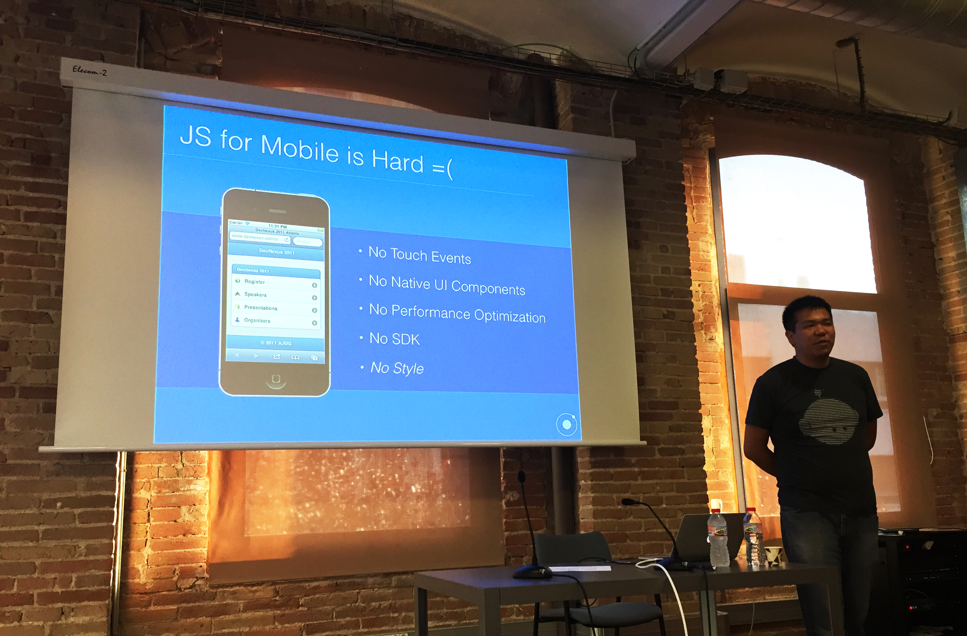 Great Meetup with Alex Muramoto: Learning how to build an hybrid app using Ionic 2